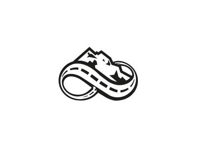 Diseño de logotipo para la empresa «La Bici Adventures»